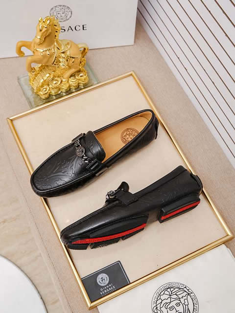 Replica High Quality Versace Leather Shoes For Men